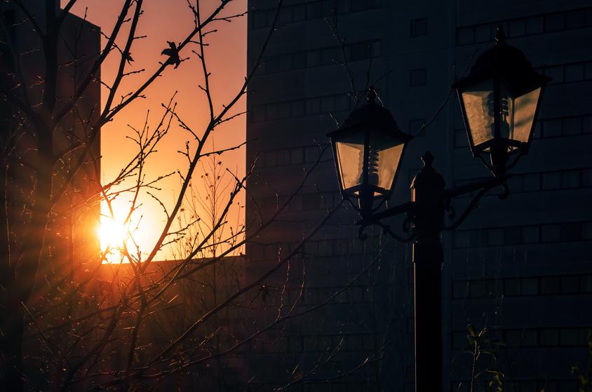 Old street lights at sunset in ekbatan town